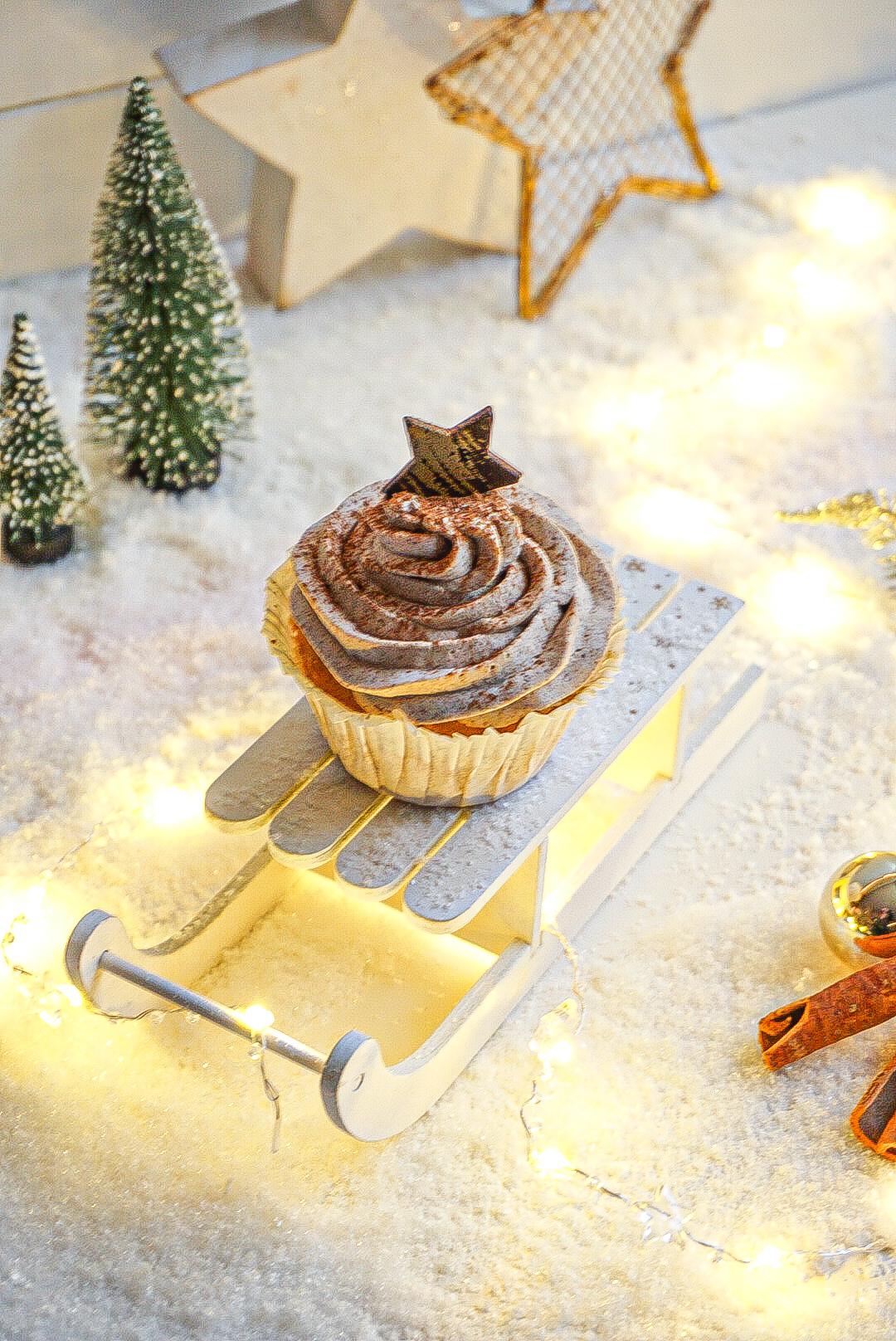 Zimt Cupcake mit Bratapfel Füllung